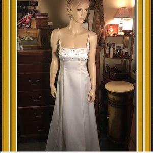 Zum Zum Niki Livas wedding dress